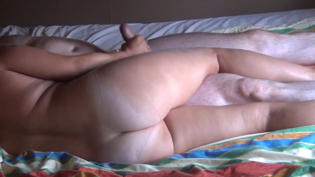 353-parochka-davnih-zhenatikov-reshili-snyatsya-dlya-porno-u-sebya-doma@Парочка давних женатиков решили сняться для порно у себя дома