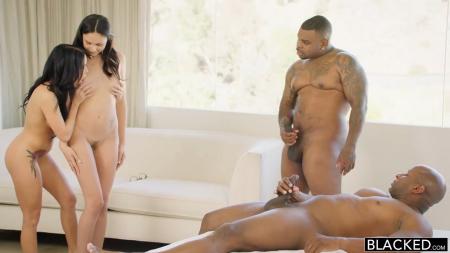 Оргия с неграми порно видео