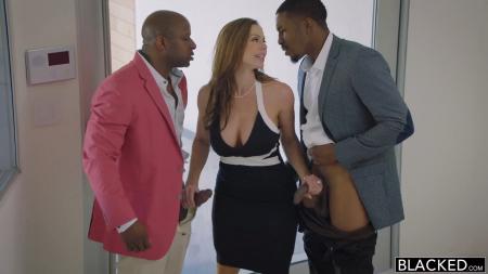 Милфа с неграми порно видео бесплатно