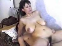 898-syn-konchil-v-svoyu-zreluyu-mamu@Сын кончил в свою зрелую маму порно видео бесплатно