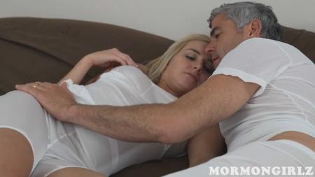 Отец и дочь занимаются любовью порно видео бесплатно