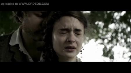 Маньяк изнасиловал девушку в лесу порно видео бесплатно