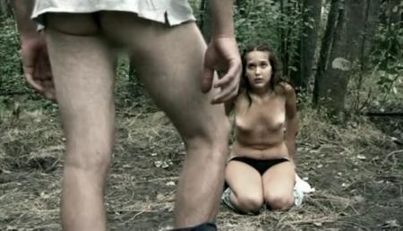 Разбойники изнасиловали двух студенток в лесу порно видео бесплатно