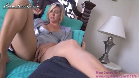 2037-massazh-mame@massazh mame->Массаж маме превратился в инцест порно видео бесплатно