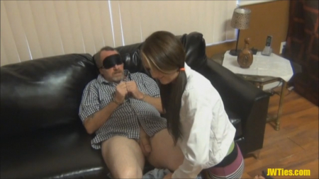 2600-zastavil-dochku-trahatsya-s-otcom@Заставил дочку трахаться с отцом порно видео бесплатно